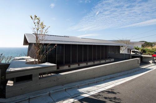 Kishimoto-Wind-Dyed-House-3