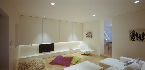 Skim Milk: Fink House by Ian Moore Architects