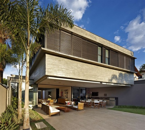 Belvedere Residence by Anastasia Arquitetos