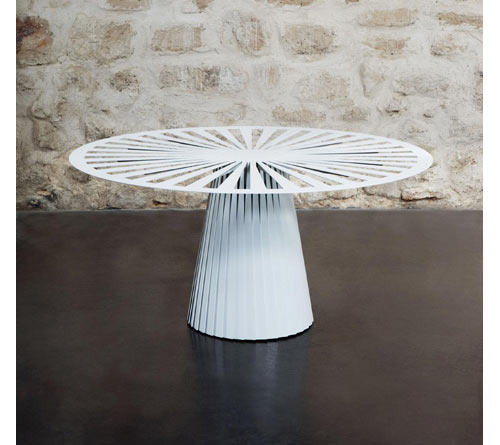 Functional Rhythm Table by Emilie Colin Garros