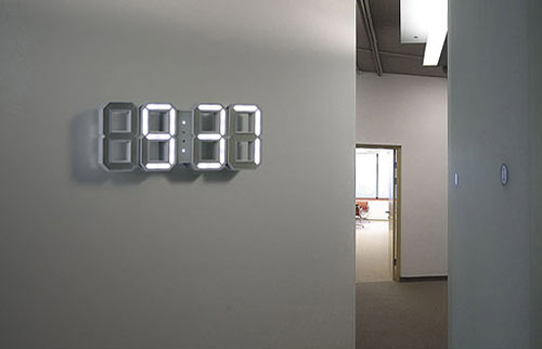 white white clock by vadim kibardin design milk. Black Bedroom Furniture Sets. Home Design Ideas
