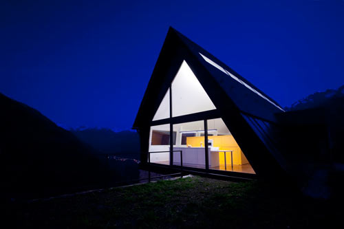 House At The Pyranees by Cadaval & Solà-Morales