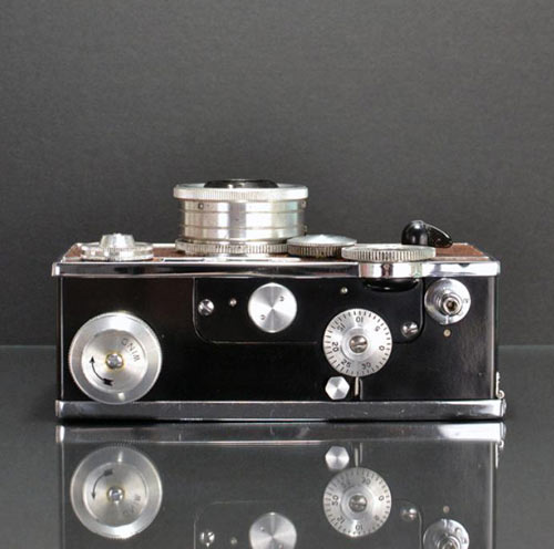 Ilott Vintage Cameras in technology style fashion  Category