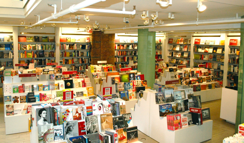store-moma-books