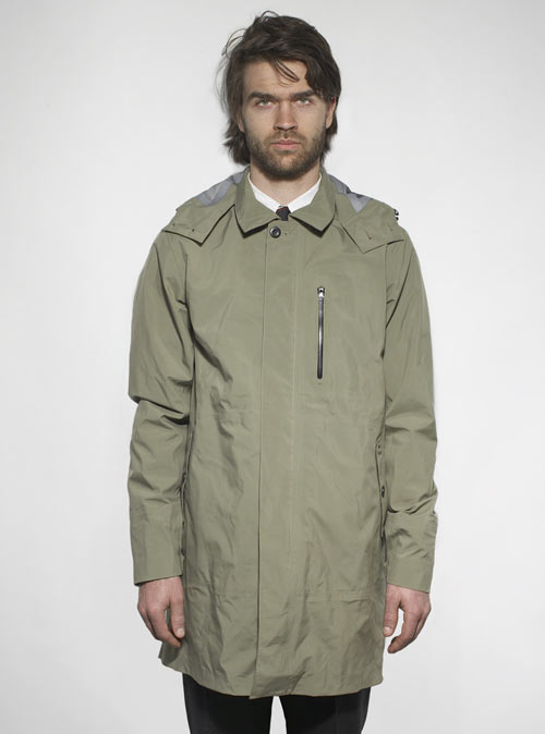 Sachs-Nike-7-Trench