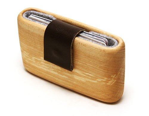 Wooden Wallet by Haydanhuya