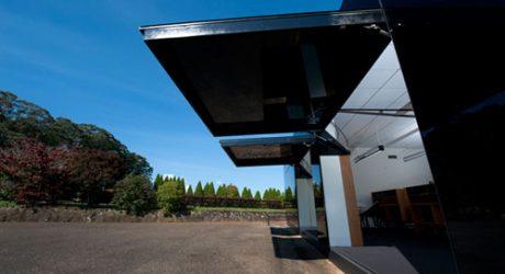 Black Box Office by Tina Tziallas Architecture Studio