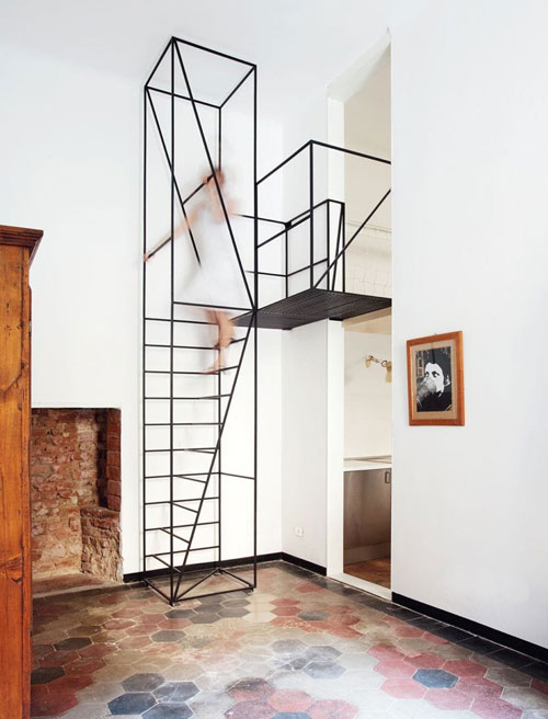 Metal staircase by francesco librizzi studio design milk - Dimensiones escalera de caracol ...