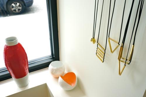 Storey-Woonwinkle-necklaces-Hella-Jongerius -Vase