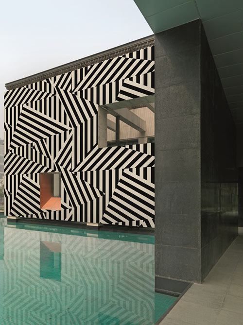 Get Out! Wall & Decò Outdoor Wallpaper