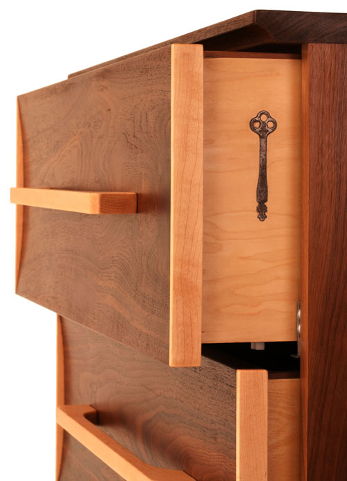 Wishbone-9-Hidden-Key-Dresser