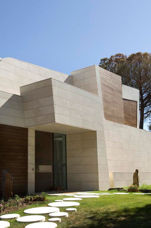 House in Madrid by A cero Architects in main architecture  Category