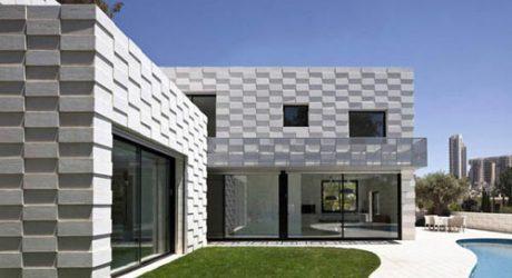 Barud House by Paritzki Liani Architects