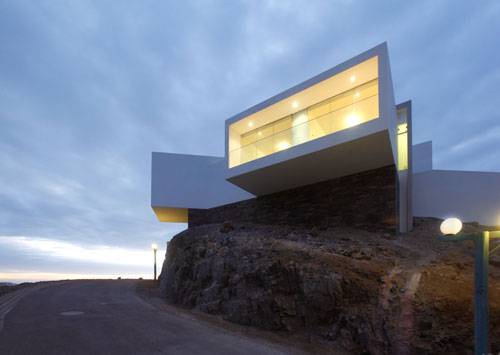 Casa Las Lomas i 5 by Vértice Arquitectos in main architecture  Category