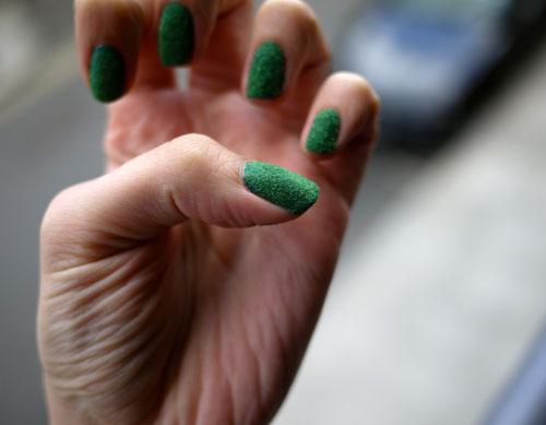 Grassy-Nails-2