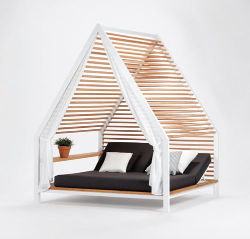 Outdoor Lounge Bed by Patricia Urquiola for Kettal in main home furnishings  Category