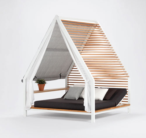 Outdoor Lounge Bed by Patricia Urquiola for Kettal in home furnishings  Category