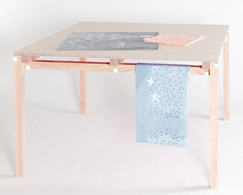 Minale-Maeda_Inside-Out-11-Table