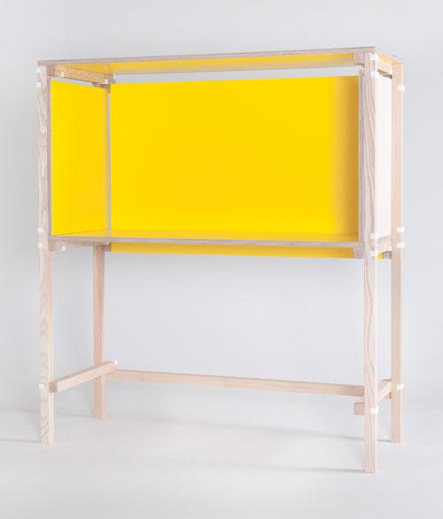 Minale-Maeda_Inside-Out-2-Desk