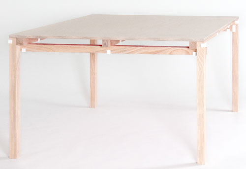 Minale-Maeda_Inside-Out-9-Table