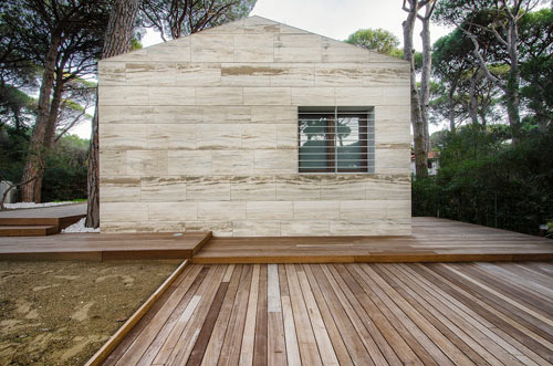 Italian Summer House Covered in Travertine by sundaymorning and Massimo Fiorido Associati in main architecture  Category
