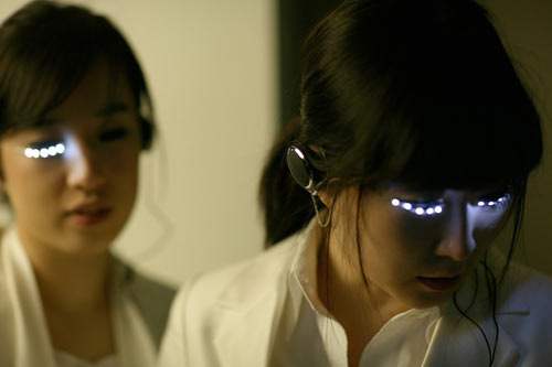 LED-eyelashes-soomi-park-4