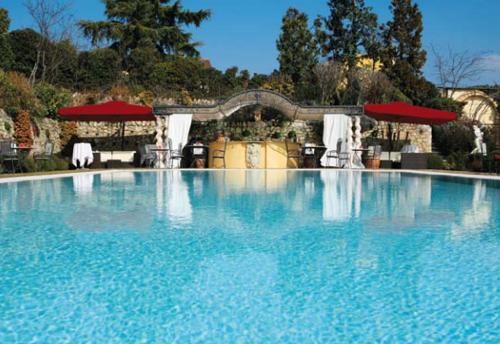 dest-byblos-outdoor-pool