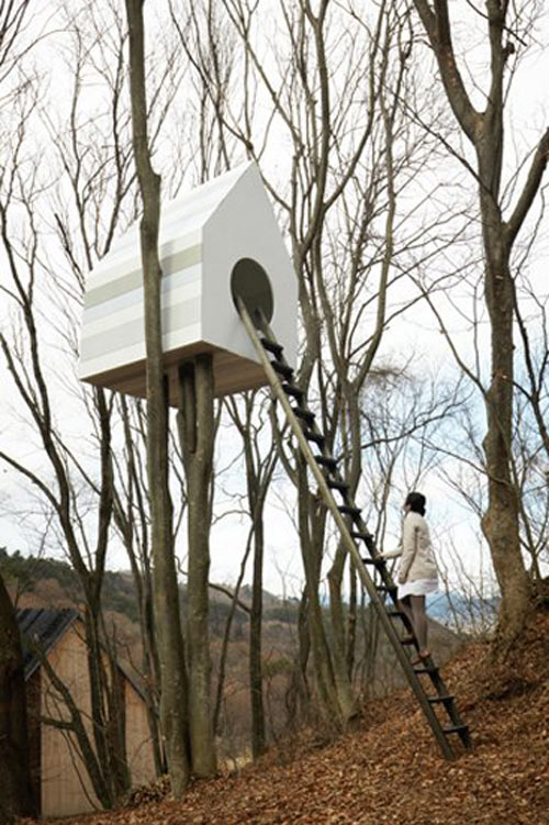 A Birdhouse for Humans and Birds: Bird-Apartment Treehouse by Nendo