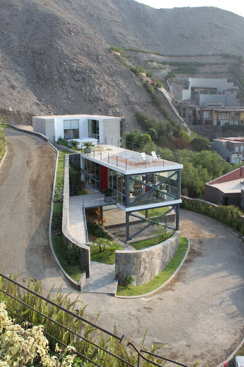 House On A Hill With A Relaxing Rooftop Terrace Casa