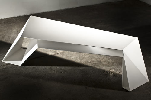 FOLDONE Table by Novae Architecture