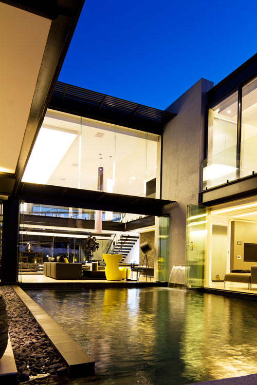 Creative Water Features and Exterior: House Ber in South Africa in main architecture  Category