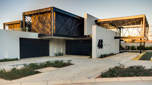 Creative Water Features and Exterior: House Ber in South Africa in architecture  Category