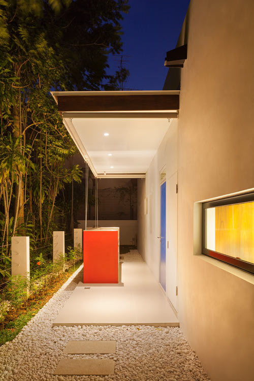 Mandai-Courtyard-House_19