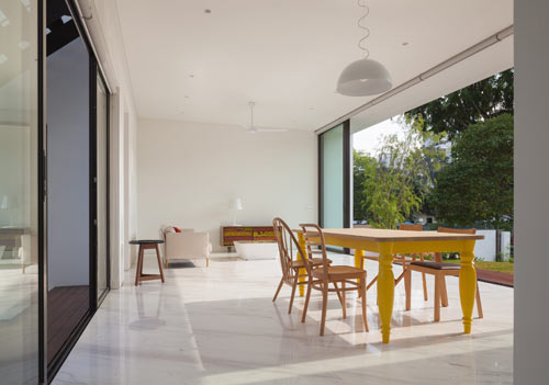 Mandai-Courtyard-House_6