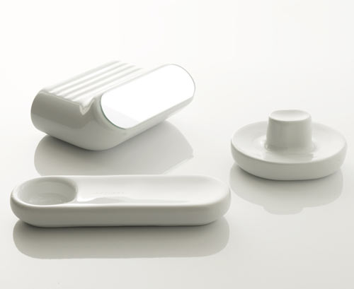 Ceramic Accessories Collection by Studio Klass and Azzurra Ceramica