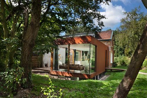 Railway House Santpoort by Zecc Architecten