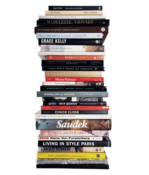 f5-nate-berkus-Stacked-Books
