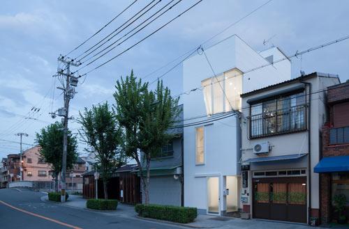 House in Tamatsu by Kenji Ido