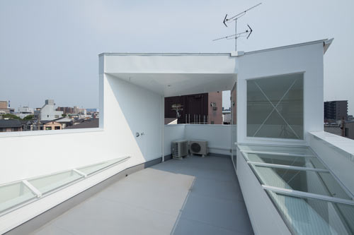 House in Tamatsu by Kenji Ido in main architecture  Category