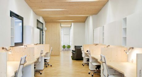 Clean, Modern Office by Michaël Menuet Architecte