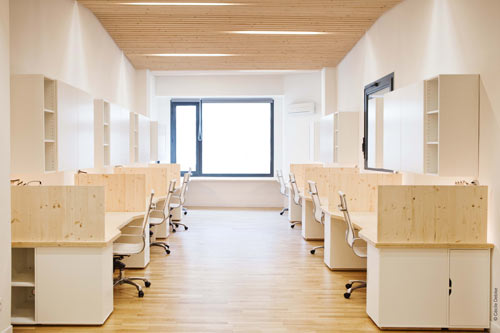 Clean, Modern Office by Michaël Menuet Architecte in main interior design  Category
