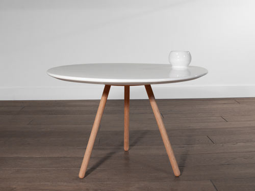 Dot Porcelain Table by Marcial Ahsayane & Miriam Liebana