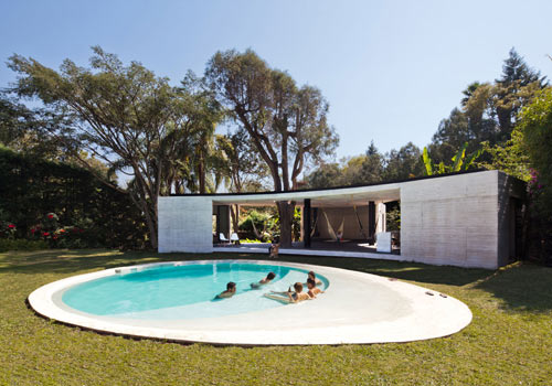 Mexican Getaway: Tepoztlan Lounge by Cadaval & Solà-Morales