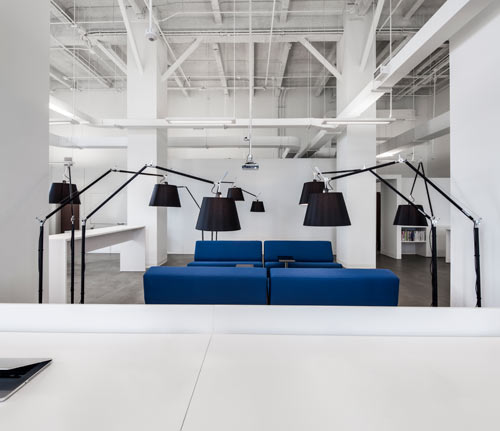 blue-communications-modern-white-office-9
