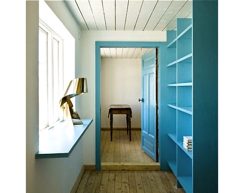 blue-door-and-shelving-Stamers-Kontor-LASC_Studio-