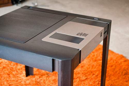 floppy-disk-table-4