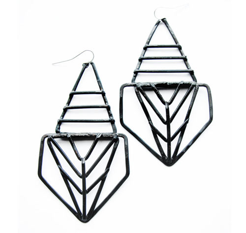 geometric-earrings-pharaoh