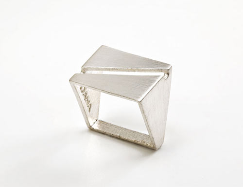 industring-angular-ring-jewelry-dana-bachar-16
