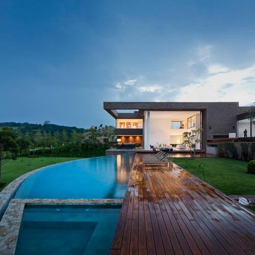 Casa HS Quinta Da Baroneza by Studio Arthur Casas