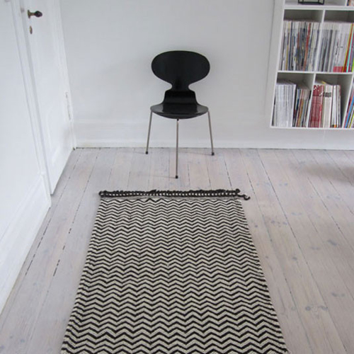 storey-hollys-woven-zig-zag-rugs